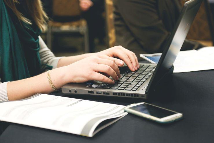 hogyan írjunk szakdolgozatot, szakdolgozat formai követelményei, szakdolgozat készítés, szakdolgozat írása, letölthető szakdolgozatok, szakdolgozat vázlat minta, beadandó dolgozat