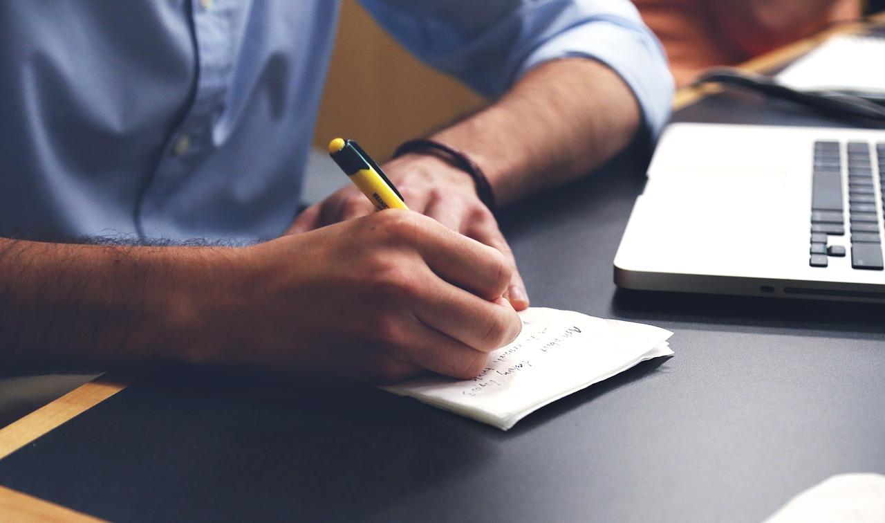 szakdolgozat hivatkozások, dolgozat felépítése, szakdolgozat írása, szakdolgozat írás